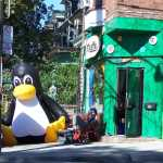 linux cafe penguin